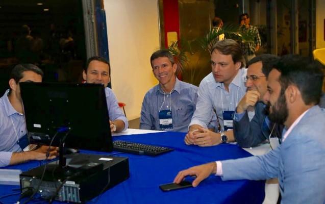 O Dr Fernando Mothes no HTO-INTO no Rio de Janeiro